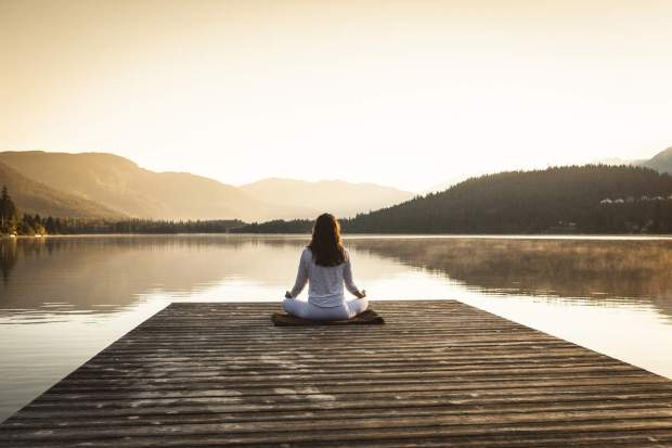 meditazione_lago